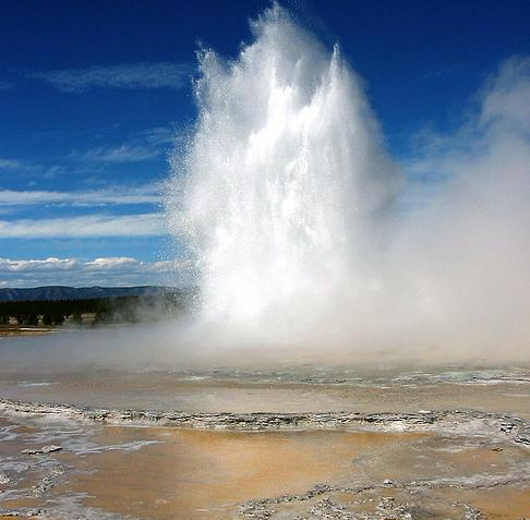 yellowstone-national-park-5